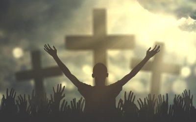 13. Umiłowanie milczenia – adoracji.